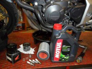 HONDA CBF600S olajcsere gyorszerviz