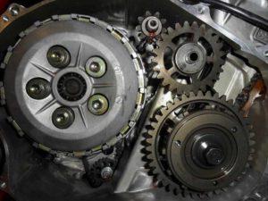 Honda CBR1000RR kuplung lamella csere motorszerviz